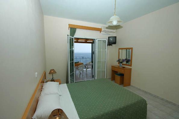 00ffaa33bf21 Στο συγκρότημα ενοικιαζόμενων διαμερισμάτων Αγνάντιο στην Σκάλα Κεφαλονιάς  θα βρείτε όλες τις προϋποθέσεις για άνετη και ευχάριστη διαμονή.